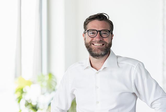 Dr. Benedikt Flöter