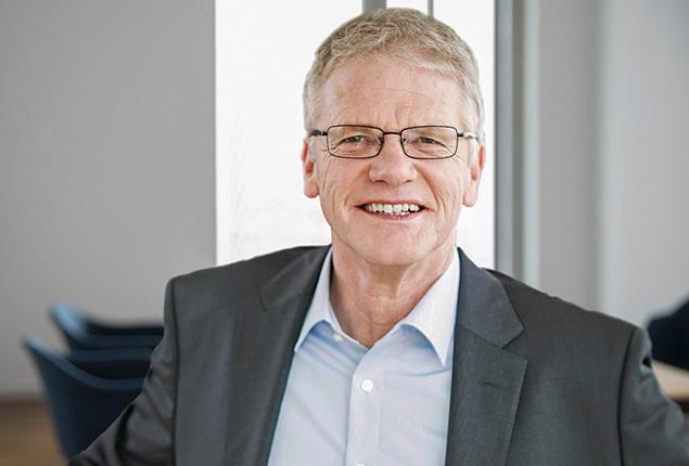 Dr. Thomas Töben