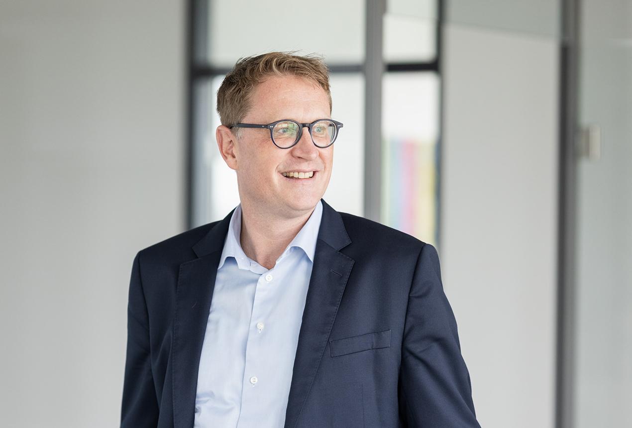 Dr. Matthias Schatz