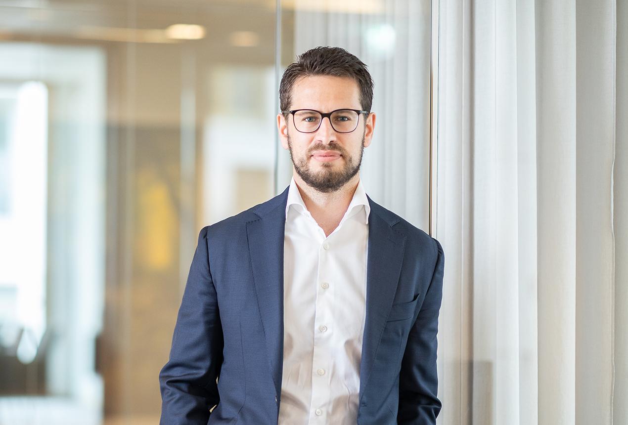 Dr. Niklas Ulrich
