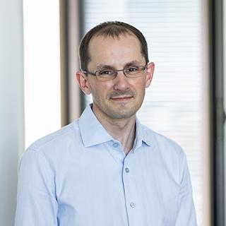Dr. Fabian<br>Euhus