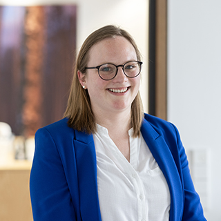 Dr. Karen  Frehmel-Kück